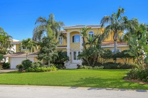 560 Chipping Ln Longboat Key-large-001-18-001-1500x1000-72dpi